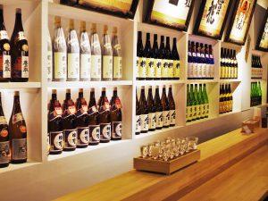 約80種類もの日本酒を飲み比べ